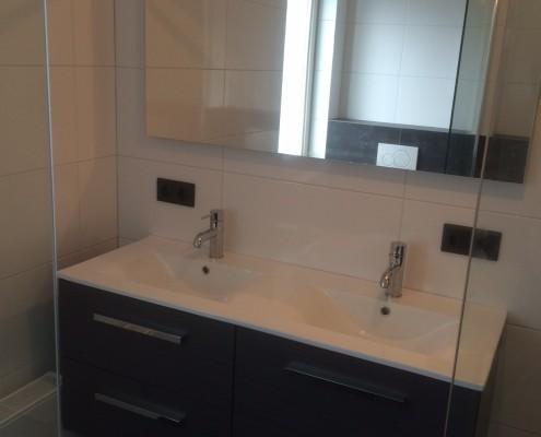 Montage badkamer wastafel